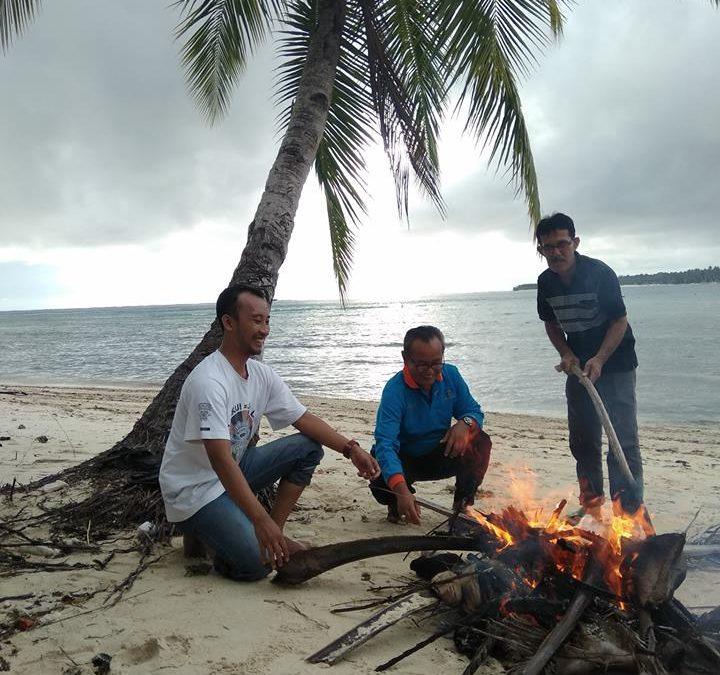 Ikan Bakar di Pantai Jati Tuapejat, pulau Sipora Mentawai
